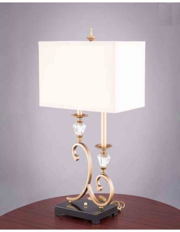 Queen of Hearts Table Lamp
